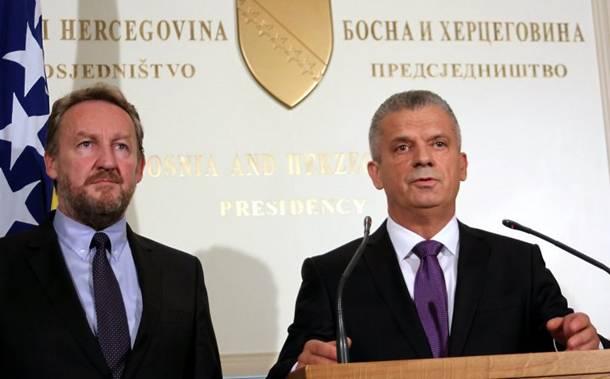 KO S BAKIROM TIKVE SADI… Propala blokada SBB-a, uspostavljena nova ad hoc većina sa DF-om i SDP-om!