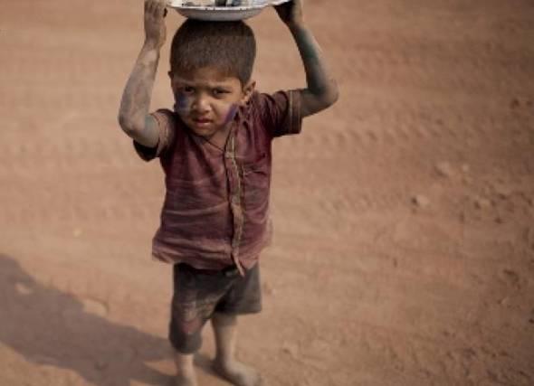 U Bangladešu djecu iskorištavaju kao jeftinu radnu snagu