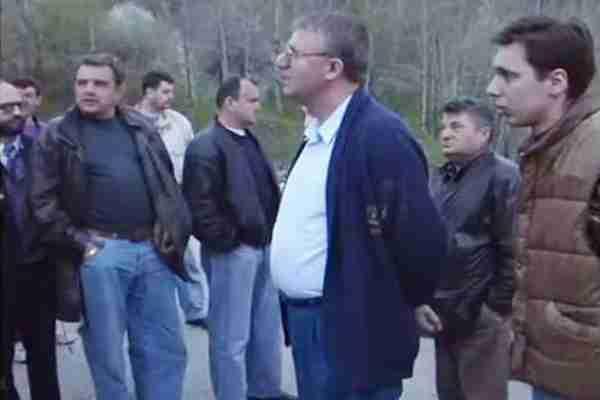 ŠOKANTAN SNIMAK: Vučić je ipak pucao po opkoljenom Sarajevu i bio dobrovoljac? (VIDEO)