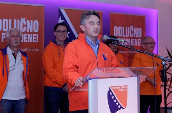 NEKA SAD KOMŠIĆ POKAŽE DA JE POŠTEN: Pogledajte kako su članovi Komšićeve stranke digli pare…