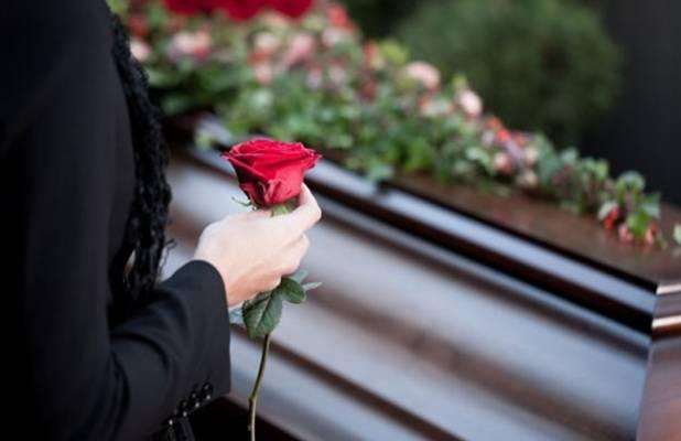 SAHRANJUJU MATIJU (2) A ČEKAJU DRUGO DIJETE: Tragična sudbina porodice čiji je sin umro dok je spavao u vrtiću!