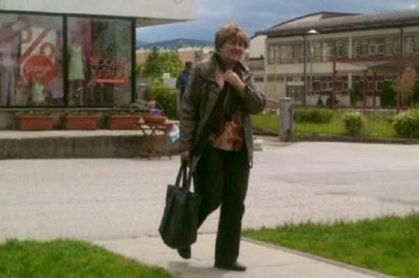 OVO JE FOTOGRAFIJA ŽENE za koju kažu da krade po Sarajevu, predstavljajući se kao fina gospođa…