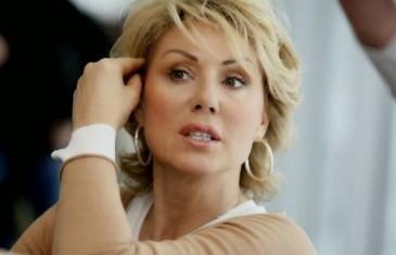 Sin Viktor razotkrio mamu: OVAKO Lepa Brena izgleda BEZ TRUNKE šminke!