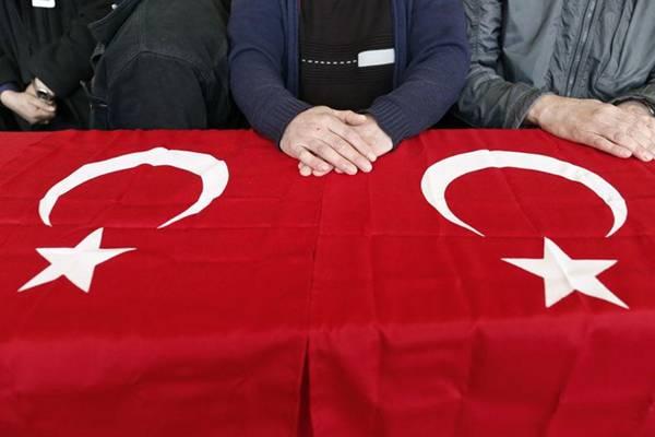 ZAŠTO SE LICEMJERI: Bili ste Charlie, Pariz, hoćete li sad biti Ankara ili Turska?
