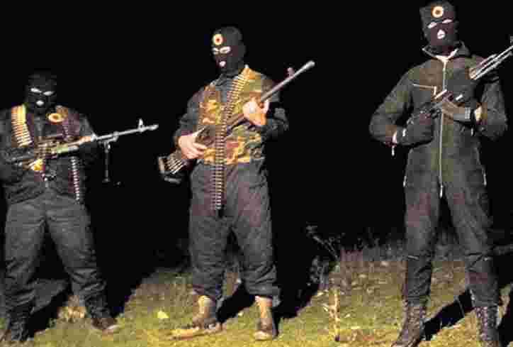MAKEDONIJA U OPASNOSTI: Teroristička grupa ušla sa Kosova kod Kumanova! (INFO)