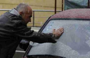 Savjeti za vozače: Očistite automobil od leda i snijega