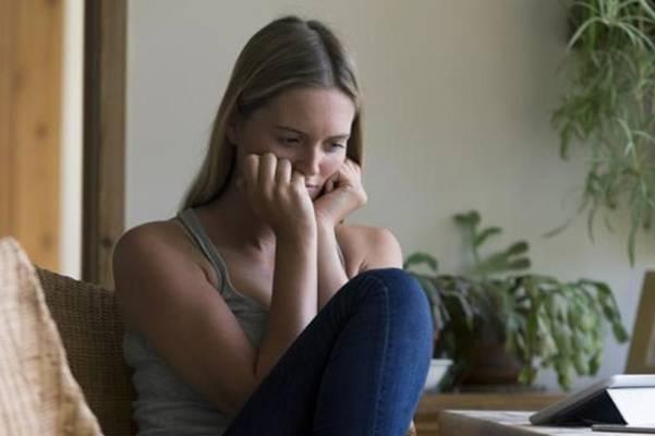 ŽENE UMIRU OD OVE BOLESTI ČEŠĆE NEGO OD RAKA: SIMPTOMI KOJE NIKO NE SHVATA OZBILJNO