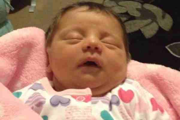NEVJEROVATNO: Pogledajte bebu koja je preživjela abortus… Saznajte kako…