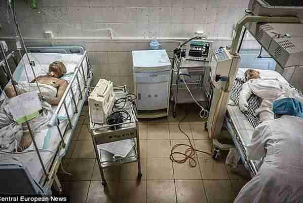 """OVAKAV UŽAS SAMO LJUDI MOGU NAPRAVITI: Počeli """"seksom za jednu noć"""" a završili u istoj bolničkoj sobi"""
