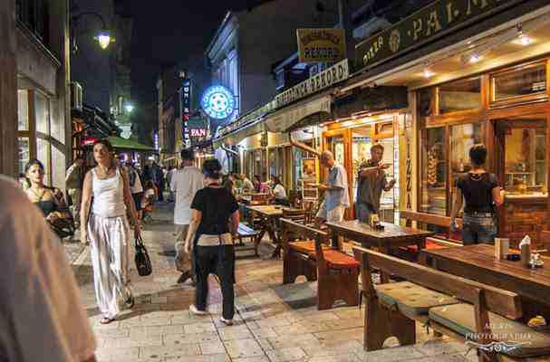 Sarajevo danas: Doner polako mijenja ćevape, alkohol nepoželjan, a gosti donose i strogu interpretaciju islama