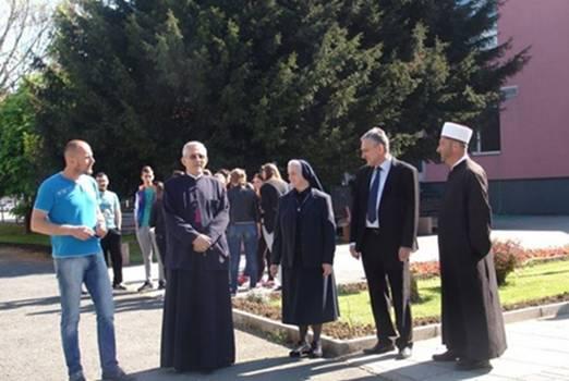 Pogledajte šta su predstavnici tri vjerske zajednice uradili u Bosanskoj Gradišci…