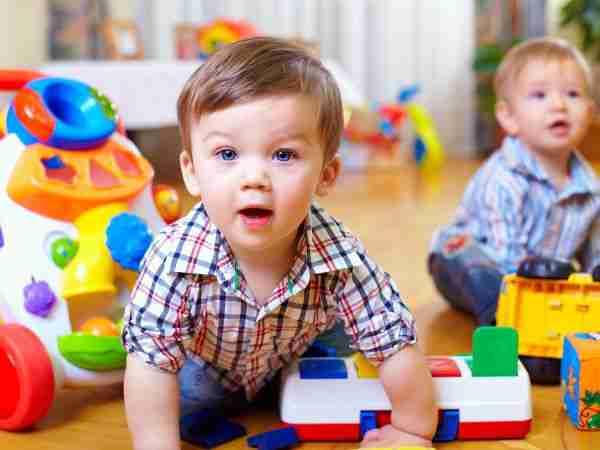 BILINGVIZAM: Kako učenje stranih jezika utiče na mozak djece?