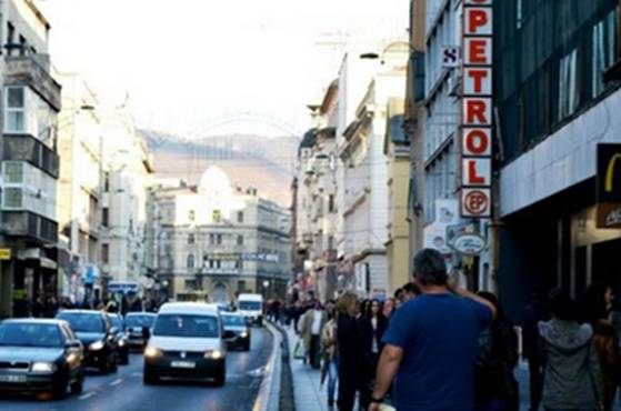 Još dva napada na turiste: U centru Sarajeva brutalno pretučen i opljačkan Amerikanac te…