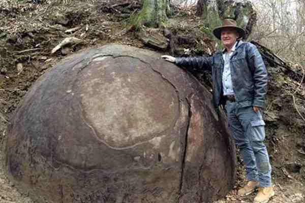 SVJETSKI MEDIJI O OVOM BRUJE: Znate li ko je napravio ogromne kamene kugle pronađene u Zavidovićima?