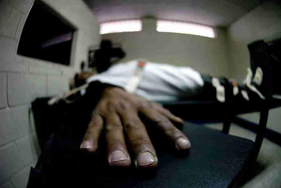 SMRTNA KAZNA: Nevjerovatna priča čovjeka osuđenog na smrt o posljednjim satima života