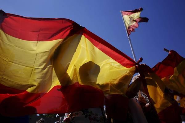 Španske vlasti zabrinute zbog velikog broja Španaca, koji prelaze na islam… Pogledajte zašto prelaze na islam