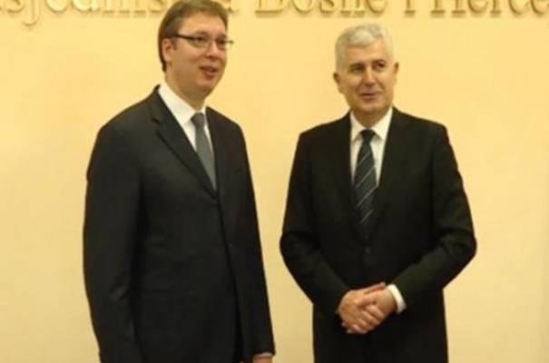Vučić u Mostaru: Ne znam zašto je Izetbegović uvrijeđen presudom Karadžiću, to sam mogao biti samo ja ili Dodik