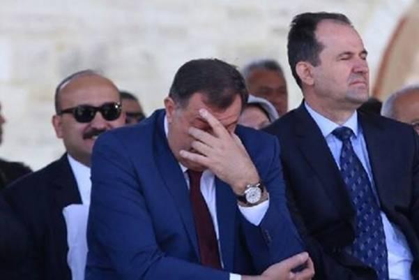 Pogledajte zbog koje zastave Dodik nije htio govoriti i zbog koga je htio napustiti otvaranje Ferhadije…