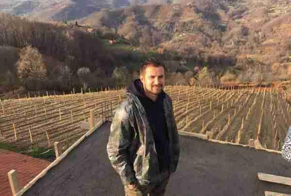 FIKRET HODŽIĆ ZAČEPIO USTA SVOJIM KRITIČARIMA: Pogledajte šta je uradio u rodnoj Srebrenici