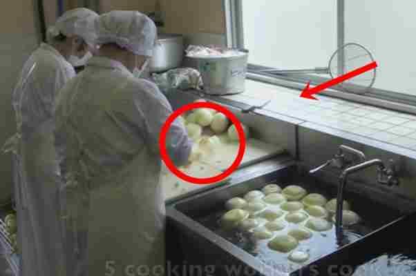 Postavili su kamere u školsku kuhinju. Kada vidite šta rade kuharice svaki dan ostaćete bez teksta!