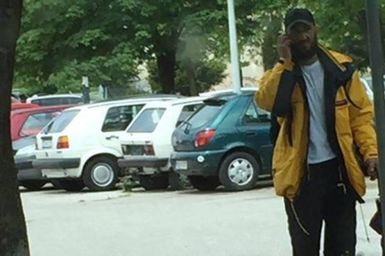 UPOZORENJE GRAĐANIMA: Pogledajte ko je lopov koji 'ordinira' na ulicama Sarajeva