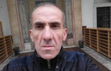 """Nastavnik Mujo Bajić napravio incident u učionici, učenicu milovao i govorio """"što lijepo mirišeš"""""""