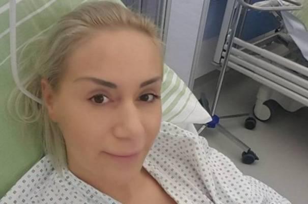 DOKTORI ZABRINUTI: Selma Bajrami imala saobraćajnu nesreću u Živinicama… Ne zna se hoće li…