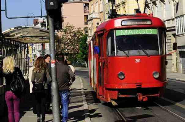 Sarajevo: Mladić pretučen na tramvajskom stajalištu!