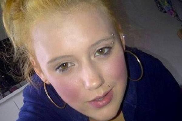 POTRESNO: Pogledajte posljednji Fejsbuk status tinejdžerke koja se ubila!
