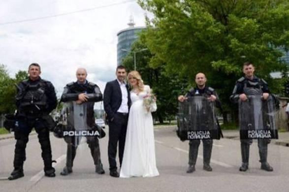 Banjalučani svadbom prkosili protestima