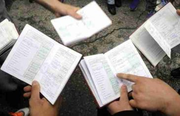 Roditelji u šoku: Učenicima u Srebrenici upisat će se u knjižice 'jezik bošnjačkog naroda'?