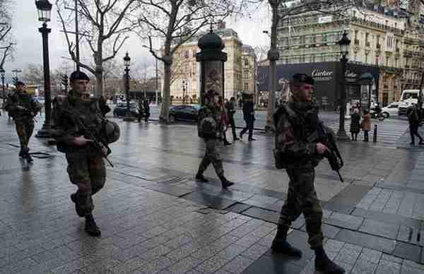 francuska-vojska-vojnici-1_compressed