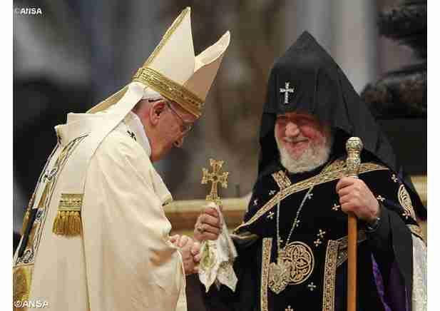 PROROČANSTVO SE OSTVARUJE: Papa Franjo poziva na jednu svjetsku vladu, da bi se spasilo čovječanstvo