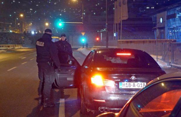 avaz-policija-25-ff-718x446