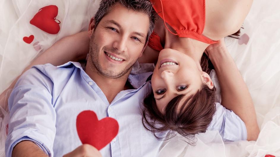 Top 5 znakova koji pokazuju da je muškarac zaljubljen u vas.