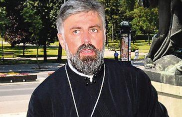 VLADIKA GRIGORIJE ŠOKANTNO ISKREN: Nikad na istoj strani sa Vučićem i Nikolićem.
