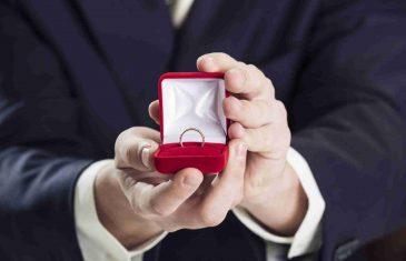 Ma kako mu je to uspjelo: Nakon tri godine pronašao izgubljeni vjenčani prsten na bizarnom mjestu.