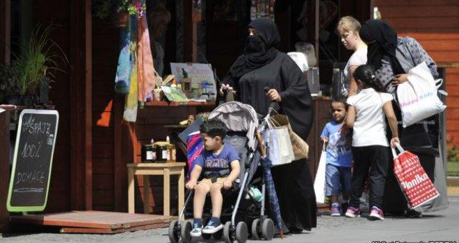 'Sarajevo je preplavljeno ženama u burkama… Potpuno pokrivenim nisu oduševljeni ni Bosanci, ali…'