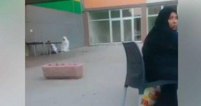 U RS šokirani: Arapi klanjaju u centru Istočnog Sarajeva!