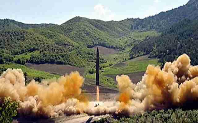 """Sjeverna Koreja sprema """"hvasong-13"""", koja stiže do Vašingtona i Njujorka"""