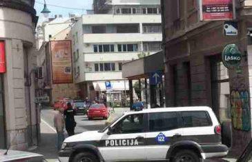 Incident u centru Sarajeva: Petorica momaka pretukli mladića