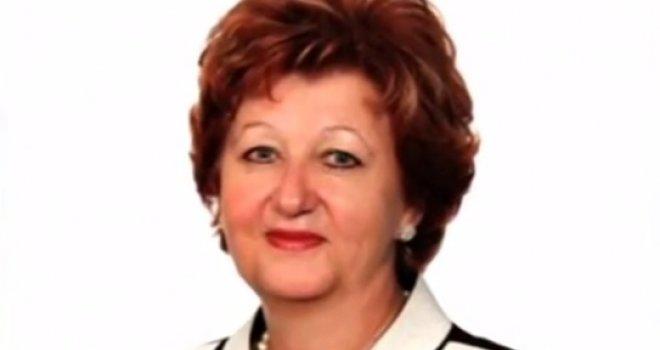 Bahatost bez granica: Direktorica Elektroprivrede BiH sinu dala službeni automobil, pa mu ga ukrali!