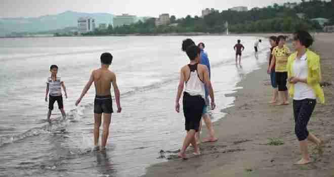 CNN objavio dosad neviđene snimke života u Sjevernoj Koreji