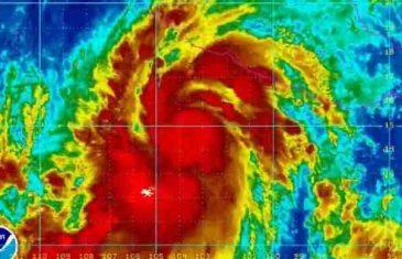 PROGLAŠENO VANREDNO STANJE: Uragan puše brzinom i do 350 km na sat, stiže po život opasna oluja