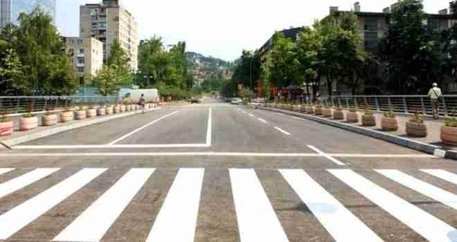 Opasnost na Grbavici: U Ulici H. Čemerlića danima ne rade semafori, a evo šta je razlog…