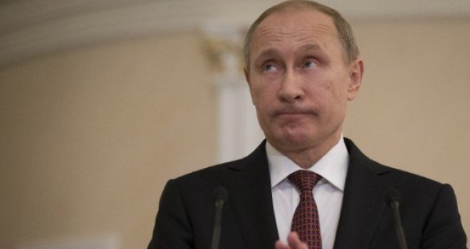 Putina je otac tukao, a živio je u stanu bez tople vode i kade…