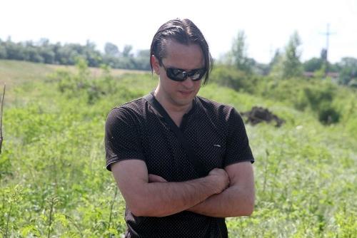 IZDAHNUO ISPRED KAFIĆA: Prijatelj Zorana Marjanovića koji ga je pratio svuda, znao SVE TAJNE – IZNENADA PREMINUO!