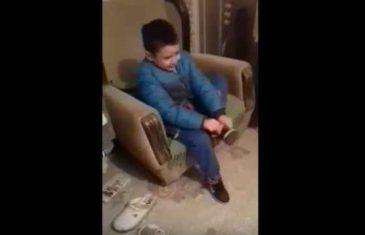 Dječak iz Srbije hit na internetu: Želim da budem Bosanac!