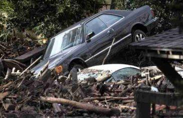 Najmanje 13 ljudi poginulo pod klizištima u južnoj Kaliforniji