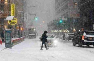 Snježni uragan hara SAD-om, snijeg pao na Floridi, očekuju se temperature do -60 stepeni!